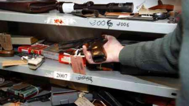Alguna de las armas custodiadas por la Guardia Civil.