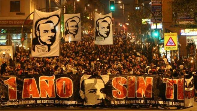 Imagen de la manifestación por el joven Carlos Palomino, con motivo del primer aniversario de su muerte. (JORGE PARÍS)