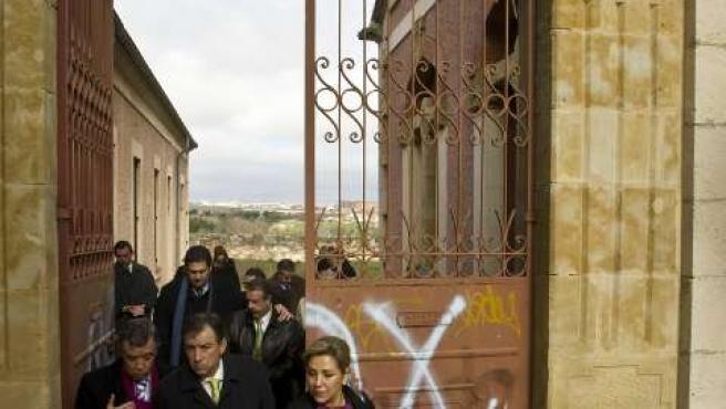 El consejero de Educación visita el lugar en el que se ubicará el Museo de la Educación de Castilla y León. (ICAL)