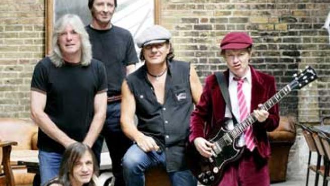 AC/DC en una imagen promocional. FOTO: SONY-BMG.