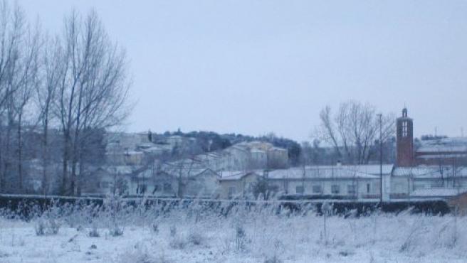 El barrio Girón se ha levantado con una pequeña capa de nieve.