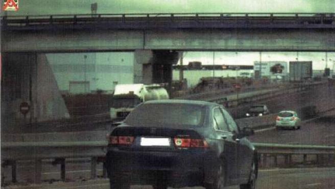 El coche circulaba a 202 km/h en un tramo limitado a 60 km /h. (GUARDIA CIVIL)