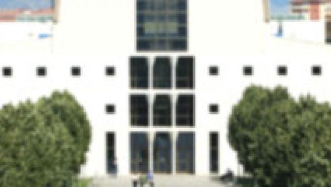 Edificio de Bibliotecas de la UPNA.