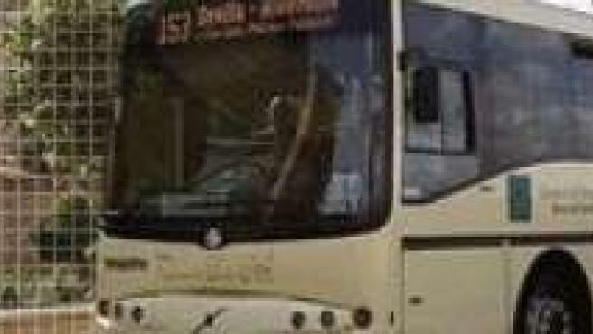 Uno de los autobuses del Consorcio Metropolitano de Transportes.