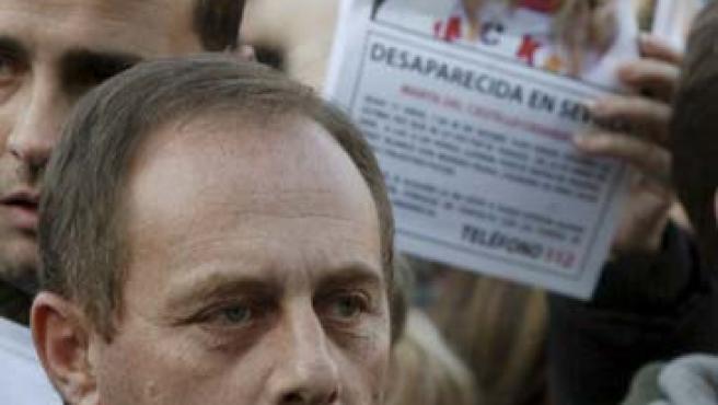 Antonio del Castillo, padre de Marta, durante una manifestación en Madrid.