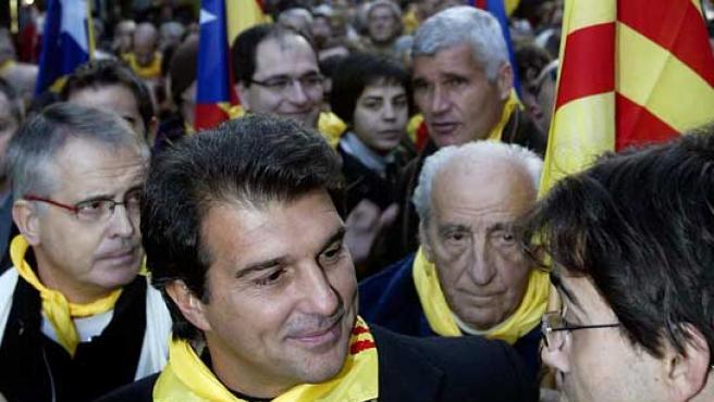 Joan Laporta, durante la manifestación convocada por la Plataforma por el Derecho a Decidir. (Efe)
