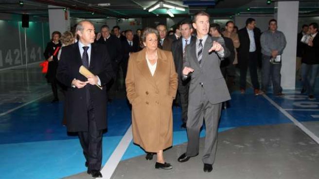 El parking subterráneo de Cánovas es el único de Valencia que tiene aparatos para recargar los coches eléctricos.