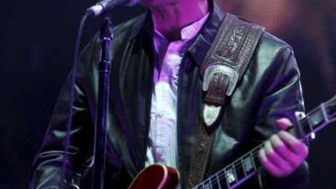 Oasis en un concierto en Viena el jueves pasado. (ARCHIVO)