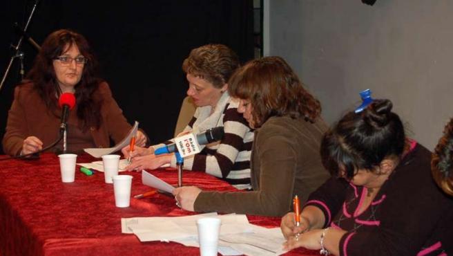 Las internas, durante la grabación del programa en la cárcel.
