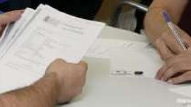 Hay que tener cuidado con lo que firmamos en nuestra hipoteca.