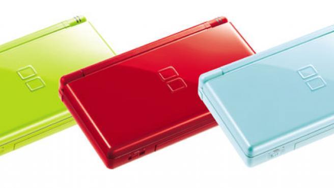 La Nintendo DS Lite en tres colores.