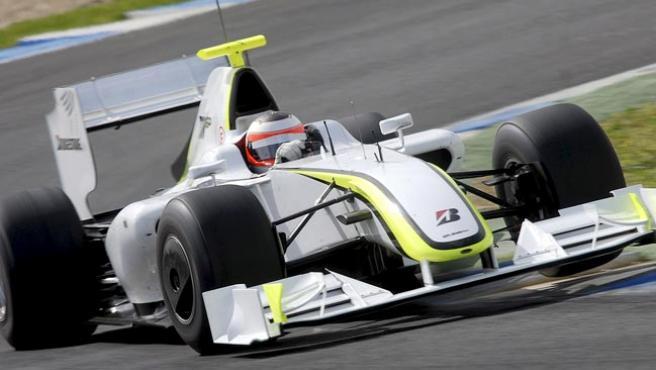 Rubens Barrichello realiza una sesión de entrenamientos de pretemporada.