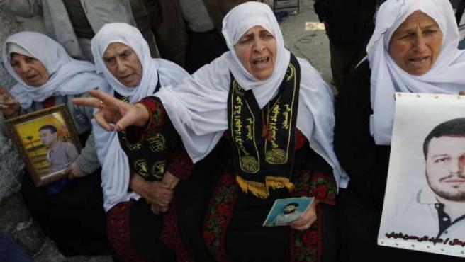 Familiares de caídos de Hamás.