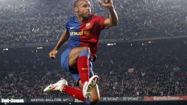 El azulgrana Henry celebra su gol.
