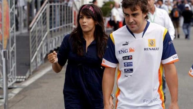 Raquel del Rosario y Fernando Alonso en una foto de archivo.