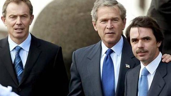 José María Aznar, George W. Bush y Tony Blair, el 'trío de las Azores'.