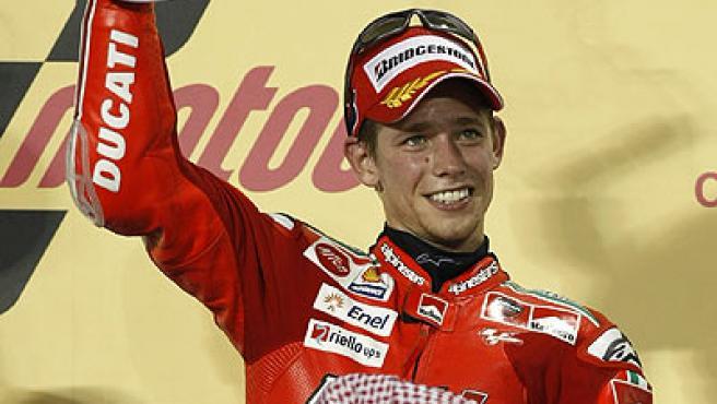 El australiano Casey Stoner (Ducati) le ganó el primer gran premio de MotoGP de 2009, el de Qatar, al italiano Valentino Rossi.