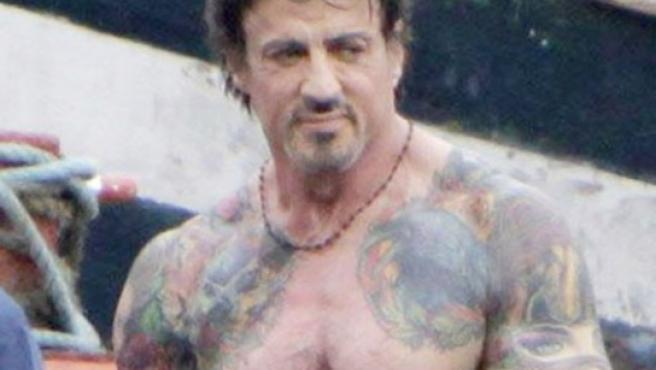 Sylvester Stallone,sin camiseta, durante el rodaje de su próximo film.