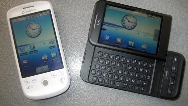 Los terminales Magic y Dream fabricados por HTC y distribuidos por las operadoras Vodafone y Telefónica.