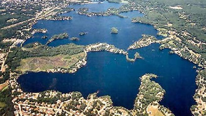 Lago Chargoggagoggmanchauggagoggchaubunagungamaugg.