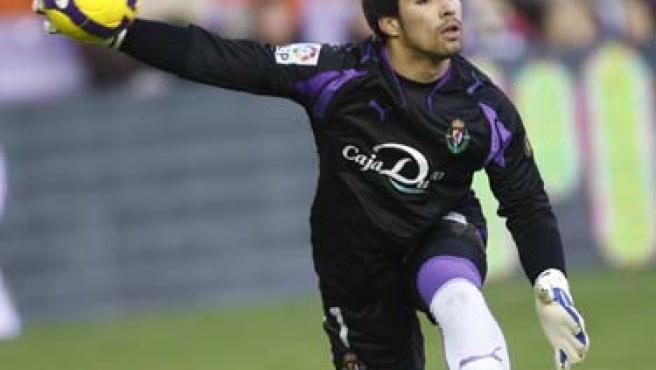 El portero del Real Valladolid Sergio Asenjo.