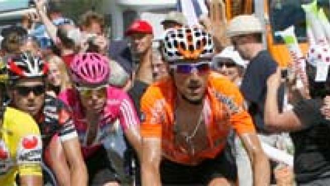 Un momento de la decimoquinta etapa del Tour. EFE/Luis Tejido.