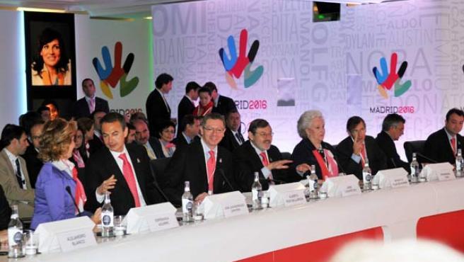 Aguirre, Zapatero y Gallardón, entre otros, durante las ponencias.