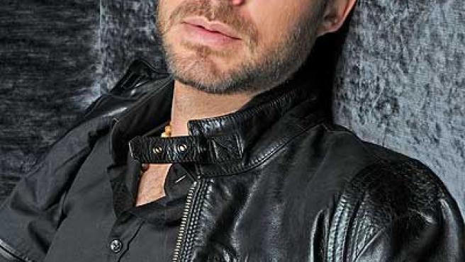 El actor Manolo Cardona dará vida al inspector Martín La Roca.