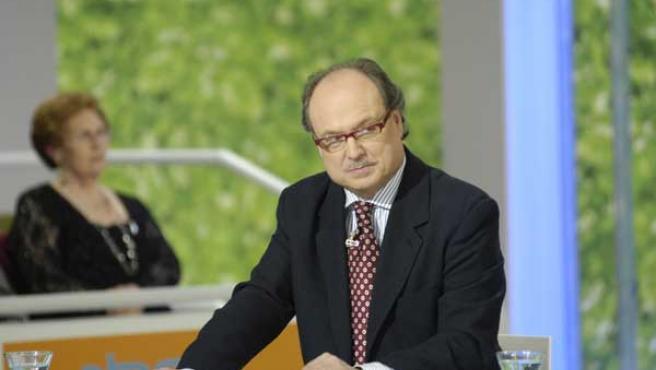 El doctor Luis Gutiérrez sustituye a Torreiglesias.