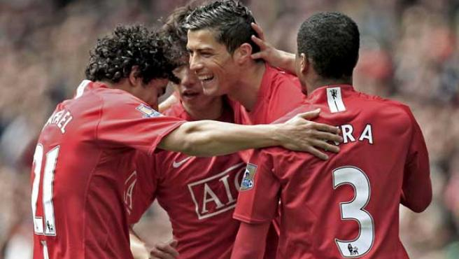 Cristiano Ronaldo celebra su gol con el Manchester United ante el City.