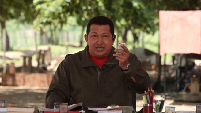 Hugo Chávez presenta 'El Vergatario'.