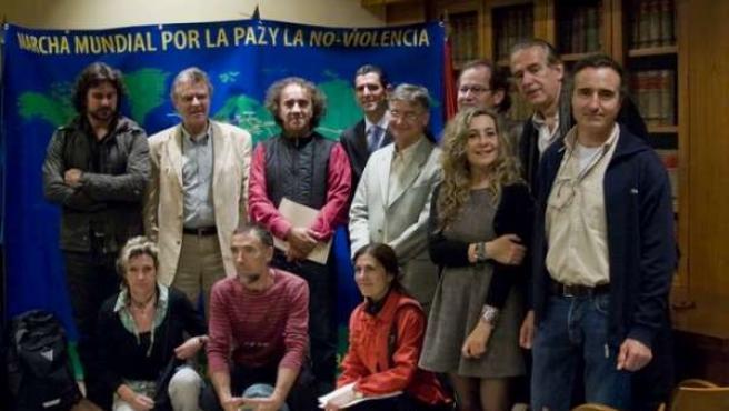 Diversas personalidades acudieron a la presentación de la Marcha Mundial por la Paz y la No Violencia en Madrid.
