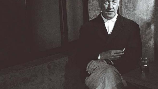 El director de 'Twin Peaks' habla a cámara durante el documental 'Lynch (One)', a la venta el día 27.