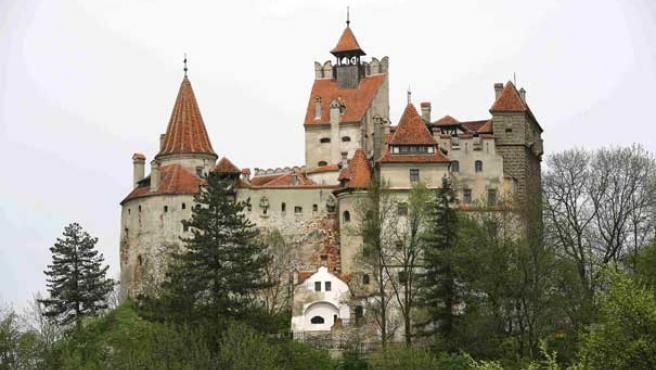 El castillo de Bran es el segundo edificio histórico más visitado de Rumanía.