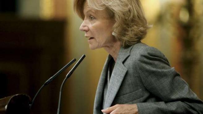 La ministra de Economía, Elena Salgado, en el Congreso de los Diputados.