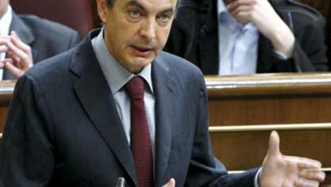 Zapatero, durante una de sus intervenciones en la sesión de control al Gobierno.