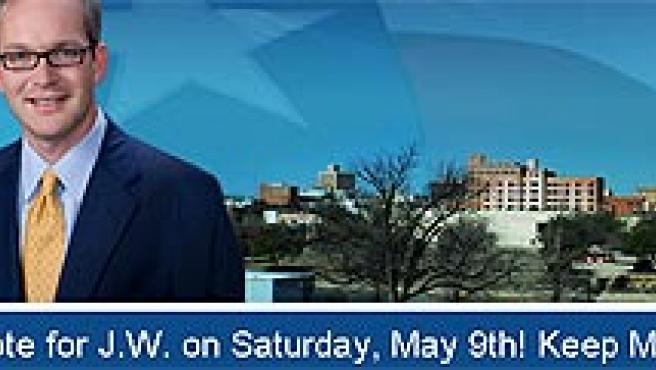 El alcalde J. W. Lown en su página web como candidato a la reelección.