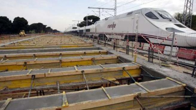 Estado actual de las obras del túnel en el Pinar de Antequera.