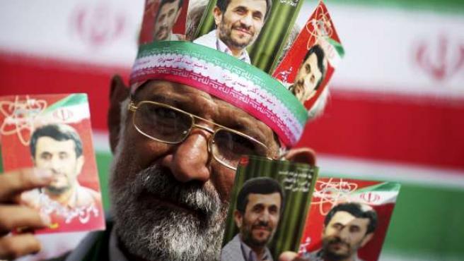 Un seguidor de Ahmadineyad