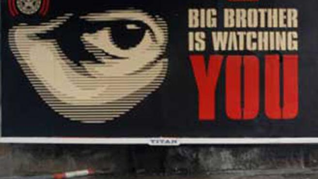 Cartel que alerta de las cámaras de vigilancia.
