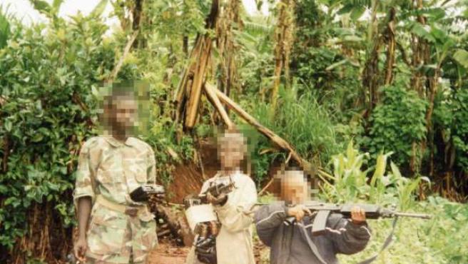 Niños soldado en África.