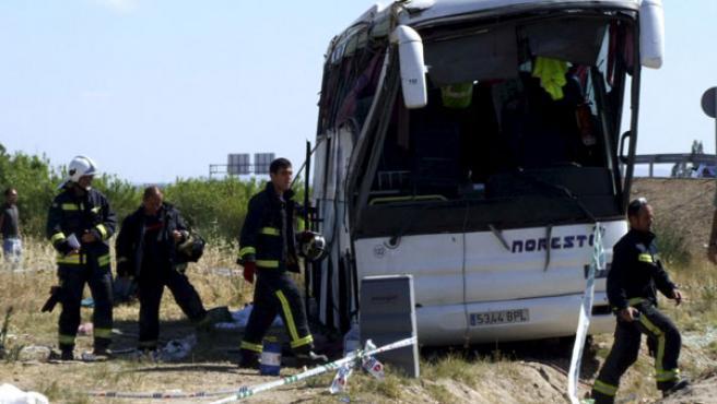 Estado en el que ha quedado el autobús tras el accidente.
