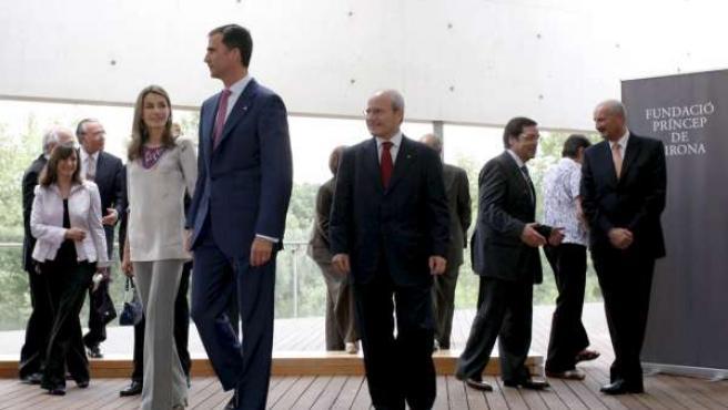 Los Príncipes presiden la constitución de la Fundación Príncipe de Girona