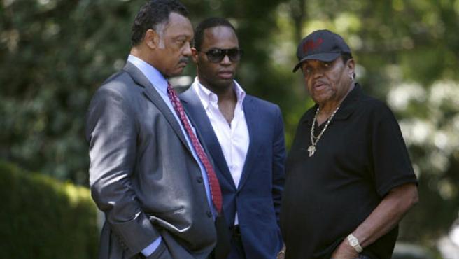 Jessy Jackson y el padre de Michael, Joe Jackson.