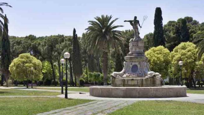 La fuente de Neptuno en el Parque Grande