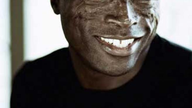 El cantante Seal versiona a los clásicos del soul. FOTO: WARNER.