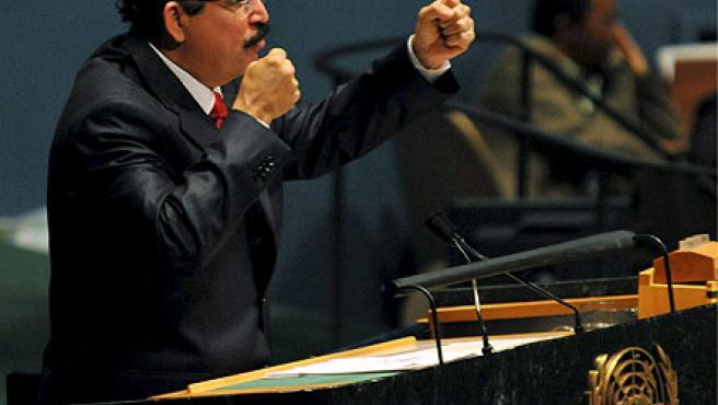 El depuesto presidente de Honduras, Manuel Zelaya, durante su intervención ante la Asamblea General de la ONU en Nueva York.