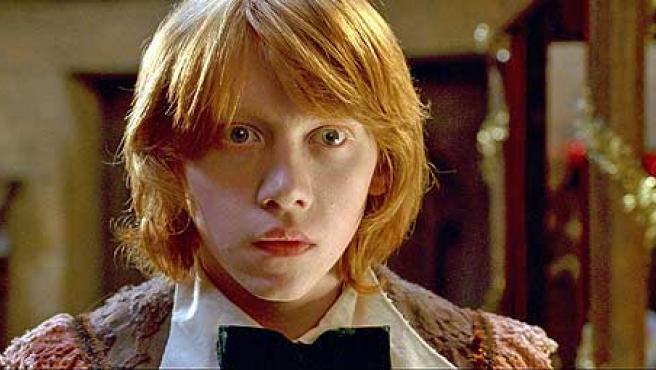 Rupert Grint, caracterizado como Ron.