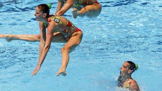 El equipo español de natación sincronizada, en los Mundiales de Roma.