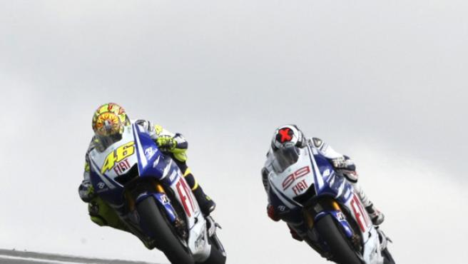 Valentino Rossi (izquierda) y Jorge Lorenzo, en Alemania.
